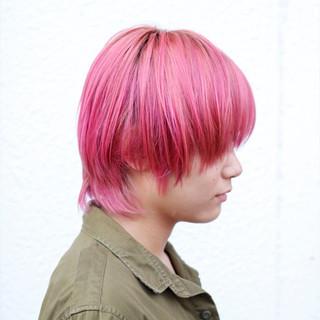 ブリーチ ピンク ストリート ダブルカラー ヘアスタイルや髪型の写真・画像