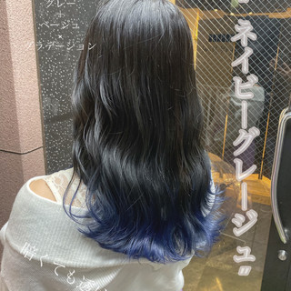 ネイビージュ セミロング フェミニン ブルージュ ヘアスタイルや髪型の写真・画像