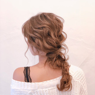 卒業式 ナチュラル ヘアアレンジ 結婚式ヘアアレンジ ヘアスタイルや髪型の写真・画像