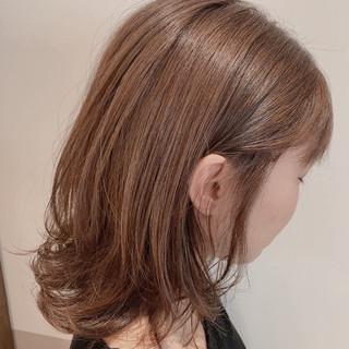 レイヤーボブ ミディアムレイヤー ミディアム ナチュラル ヘアスタイルや髪型の写真・画像