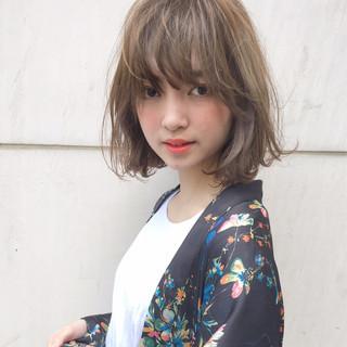 簡単ヘアアレンジ ヘアアレンジ デート 外ハネ ヘアスタイルや髪型の写真・画像