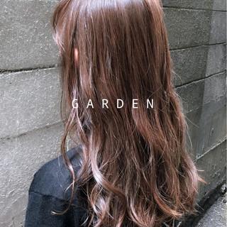 ロング グレージュ ピンク ピンクアッシュ ヘアスタイルや髪型の写真・画像