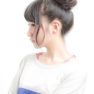 お団子 スポーツ ヘアアレンジ ロング ヘアスタイルや髪型の写真・画像