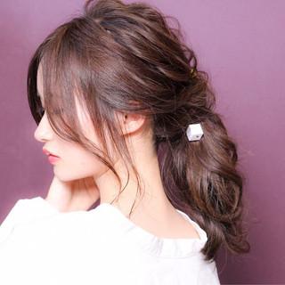 デート 簡単ヘアアレンジ ナチュラル ミディアム ヘアスタイルや髪型の写真・画像