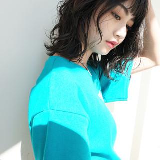 パーマ 黒髪 ヘアアレンジ デート ヘアスタイルや髪型の写真・画像