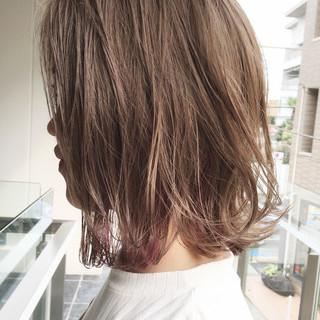 リラックス デート ストリート インナーカラー ヘアスタイルや髪型の写真・画像