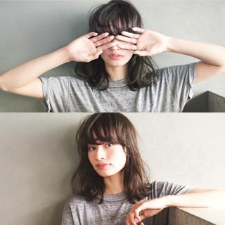 黒髪 暗髪 ミディアム 簡単 ヘアスタイルや髪型の写真・画像