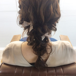 セミロング ゆるふわ ハーフアップ フェミニン ヘアスタイルや髪型の写真・画像