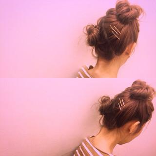 ガーリー お団子 ヘアアクセ ミディアム ヘアスタイルや髪型の写真・画像