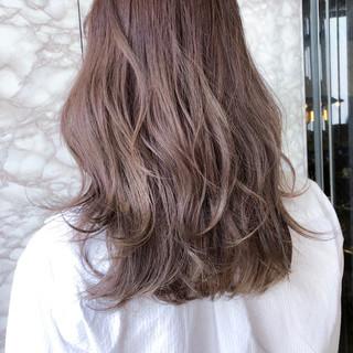 アンニュイ ストリート ナチュラル 大人女子 ヘアスタイルや髪型の写真・画像