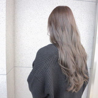 アッシュ エレガント ブルージュ 上品 ヘアスタイルや髪型の写真・画像