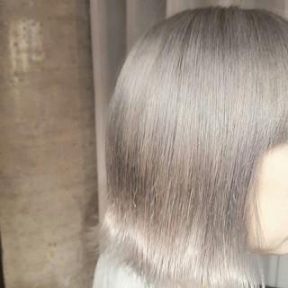 ボブ 外国人風 モード グレージュ ヘアスタイルや髪型の写真・画像