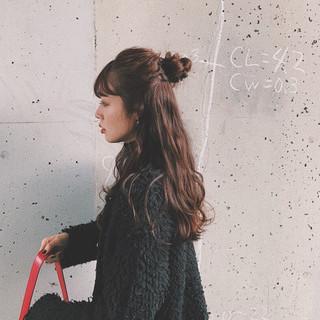 お団子アレンジ ハーフアップ ヘアアレンジ ロング ヘアスタイルや髪型の写真・画像