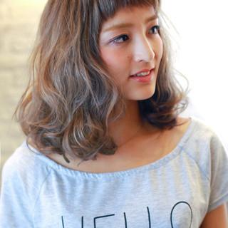 前髪あり セミロング 外国人風 大人かわいい ヘアスタイルや髪型の写真・画像
