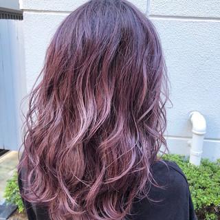 ピンクアッシュ ピンク ガーリー ラベンダーピンク ヘアスタイルや髪型の写真・画像