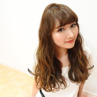 ハイライト ロング 外国人風 ガーリー ヘアスタイルや髪型の写真・画像