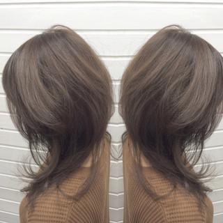 ストリート ウルフカット アッシュグレージュ マッシュ ヘアスタイルや髪型の写真・画像