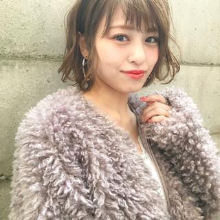 フェミニン ウェーブ 色気 抜け感 ヘアスタイルや髪型の写真・画像