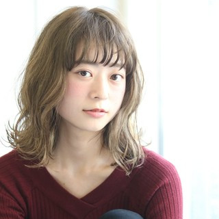 外国人風 ミディアム 秋 ハイライト ヘアスタイルや髪型の写真・画像