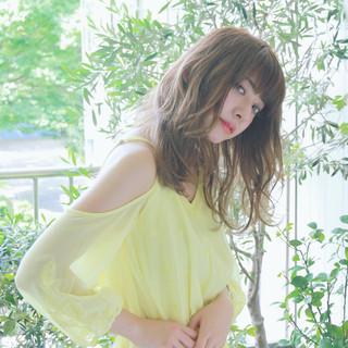 エレガント 外国人風 ウェーブ 大人かわいい ヘアスタイルや髪型の写真・画像