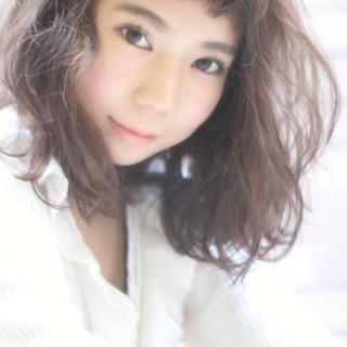 色気 フェミニン アッシュ かわいい ヘアスタイルや髪型の写真・画像