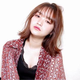 ガーリー 秋 透明感 外ハネ ヘアスタイルや髪型の写真・画像