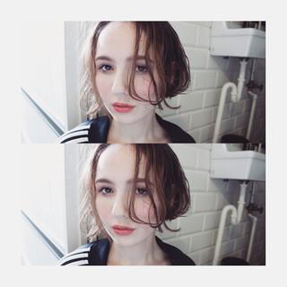 小顔 こなれ感 パーマ ハイライト ヘアスタイルや髪型の写真・画像
