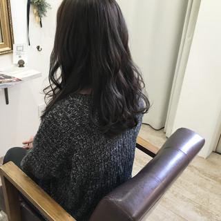 ロング ナチュラル 冬 アッシュ ヘアスタイルや髪型の写真・画像