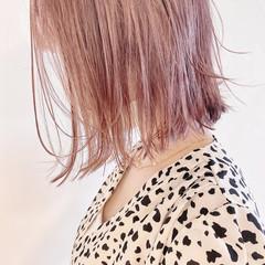 ミニボブ ボブ ピンクベージュ ピンク ヘアスタイルや髪型の写真・画像