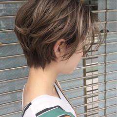 ハイライト ショート ナチュラル 色気 ヘアスタイルや髪型の写真・画像
