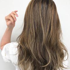ロング ハイライト 外国人風カラー 極細ハイライト ヘアスタイルや髪型の写真・画像