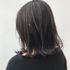 外ハネ 大人女子 ナチュラル ミディアム ヘアスタイルや髪型の写真・画像