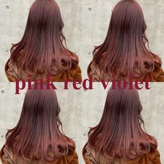 ストリート ピンク セミロング レッド ヘアスタイルや髪型の写真・画像