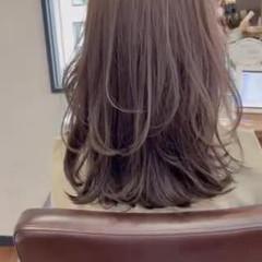 セミロング 韓国ヘア ウルフカット レイヤースタイル ヘアスタイルや髪型の写真・画像