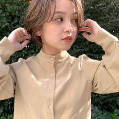 ミルクティーベージュ ベージュ ショート 透明感カラー ヘアスタイルや髪型の写真・画像