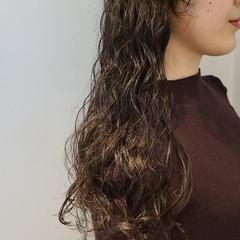 ウェットヘア 80年代 黒髪 モード ヘアスタイルや髪型の写真・画像