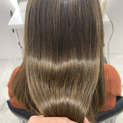 ガーリー グレージュ 髪質改善トリートメント ロング ヘアスタイルや髪型の写真・画像