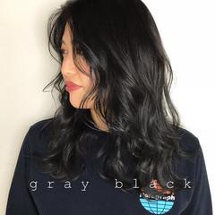 オフィス 暗髪 ブルーブラック ミディアム ヘアスタイルや髪型の写真・画像
