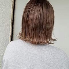フェミニン デザインカラー ボブ ブリーチ ヘアスタイルや髪型の写真・画像