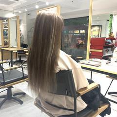 金髪 ミルクティーベージュ ロング ヴィーナスコレクション ヘアスタイルや髪型の写真・画像