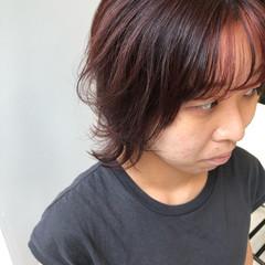 インナーカラー ショート 大人かわいい ピンクブラウン ヘアスタイルや髪型の写真・画像