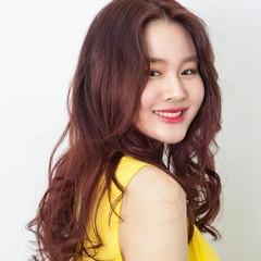 エレガント 韓国 パーマ ロング ヘアスタイルや髪型の写真・画像