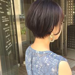 前下がりショート ショートバング ショートヘア ナチュラル ヘアスタイルや髪型の写真・画像