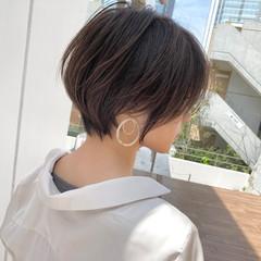 大人ショート ショート ナチュラル ベージュ ヘアスタイルや髪型の写真・画像