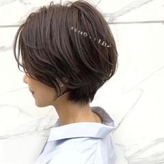 ショートヘア フェミニン ミニボブ ショート ヘアスタイルや髪型の写真・画像