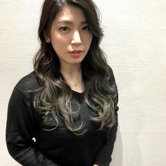 ゆるふわ ロング エレガント 外国人風 ヘアスタイルや髪型の写真・画像