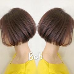 ボブ デート 前下がりボブ フェミニン ヘアスタイルや髪型の写真・画像