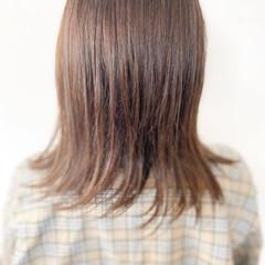 ミルクティーグレージュ ミルクティー ラベンダーグレージュ 切りっぱなしボブ ヘアスタイルや髪型の写真・画像
