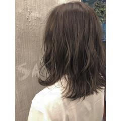 ミディアム ボブ 透明感 抜け感 ヘアスタイルや髪型の写真・画像