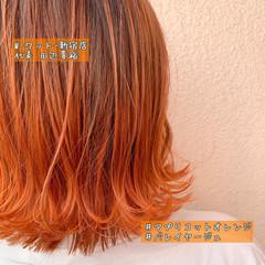 アプリコットオレンジ インナーカラーオレンジ モード ショート ヘアスタイルや髪型の写真・画像